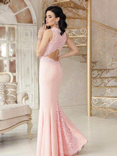 Вечернее платье с красивой спиной