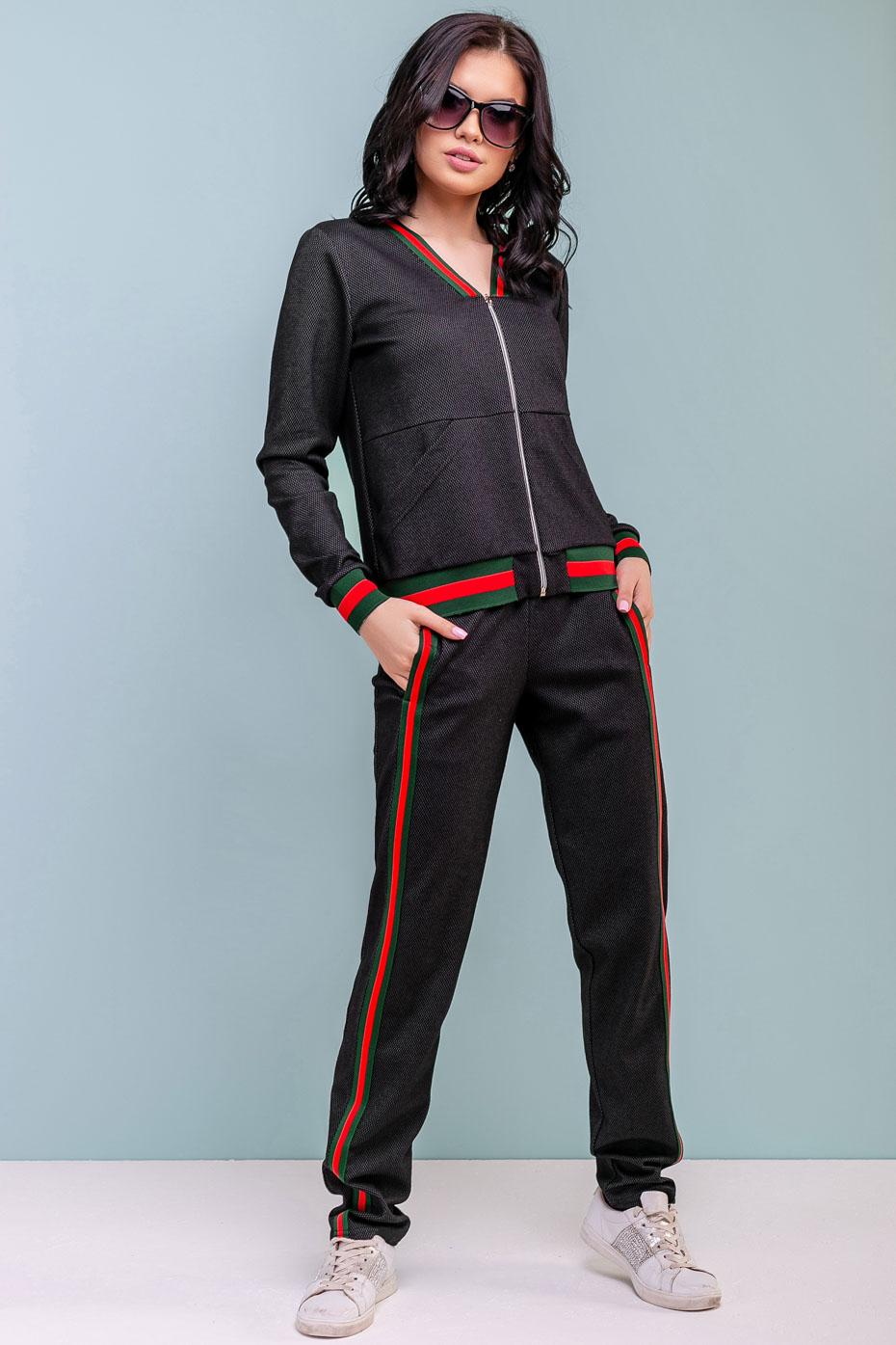Спортивный костюм женский: черный костюм