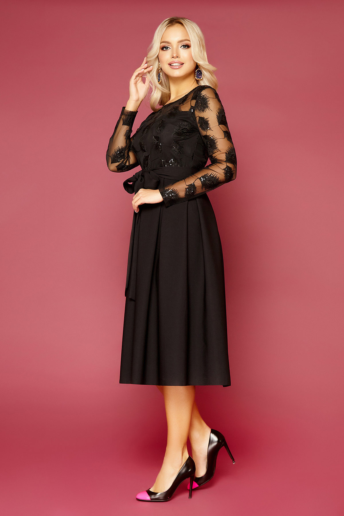 Черное платье с пышной юбкой-3