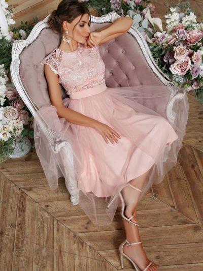 Выпускное платье с пышной юбкой