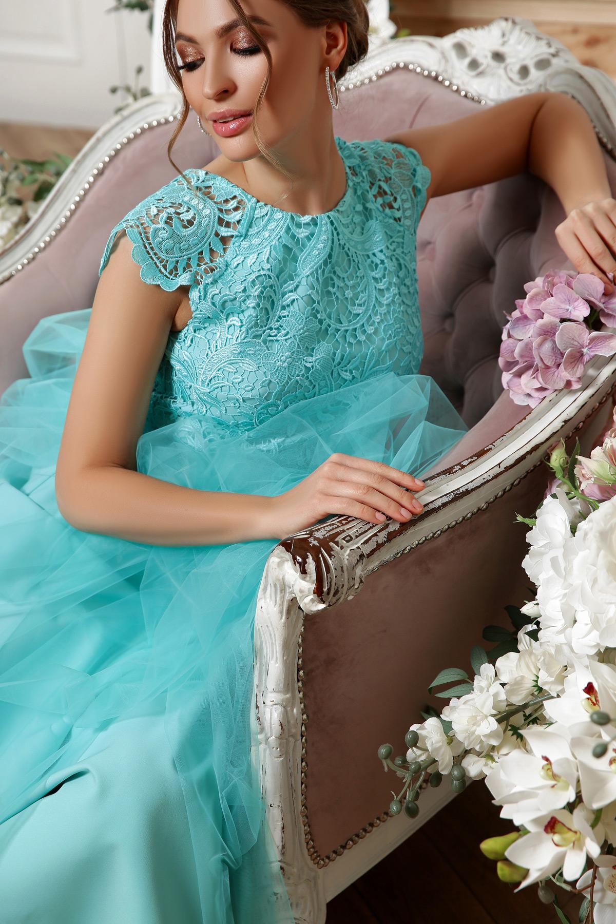 Платье вечернее пышная юбка