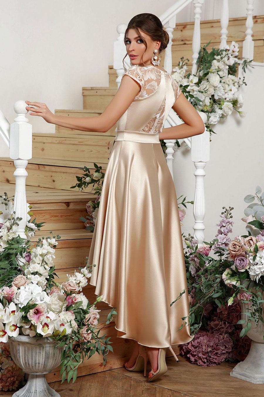Ассиметричное платье на выпускной
