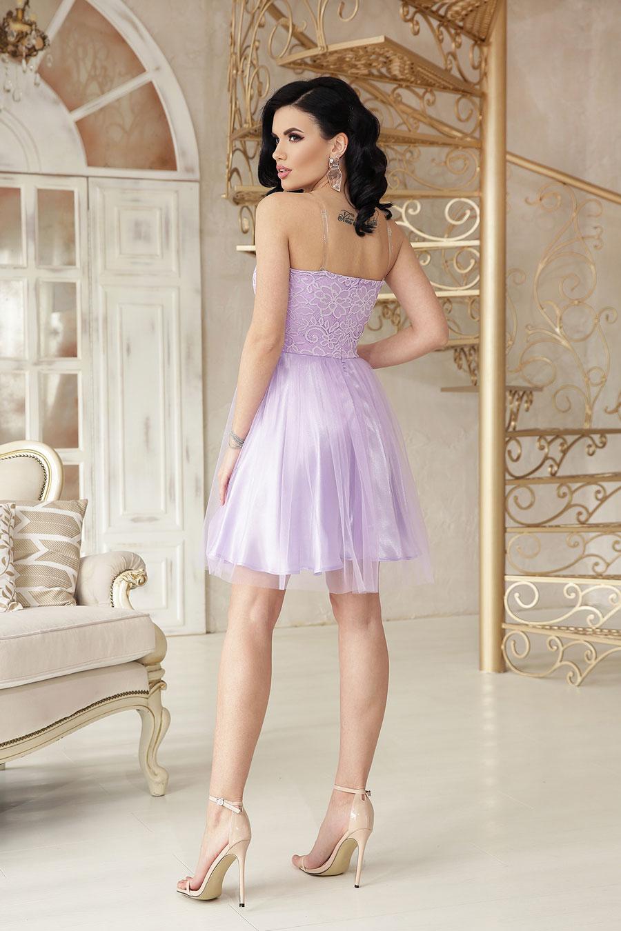 Нарядное короткое платье из атласа, кружево, пышный низ4
