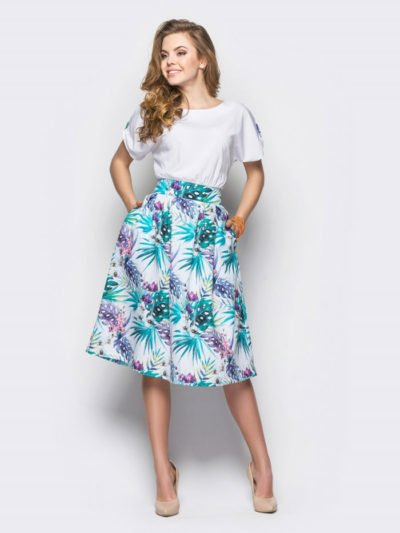 Літні сукні та сарафани